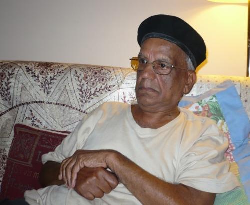 2009-may-mauritius-beret-dad